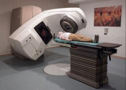 Лечение лучевой терапией глазами пациента